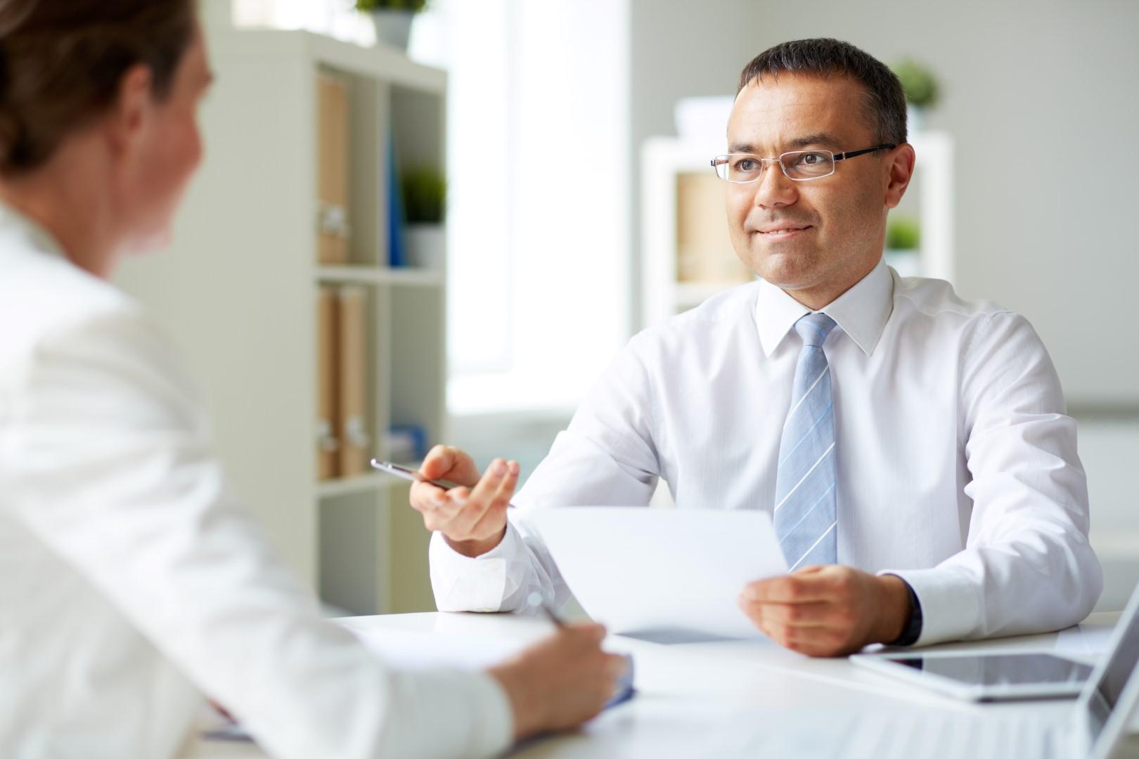 Como apresentar-se em uma entrevista de emprego